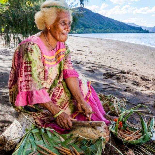 Voyage en Nouvelle Calédonie autrement - Femme Kanak
