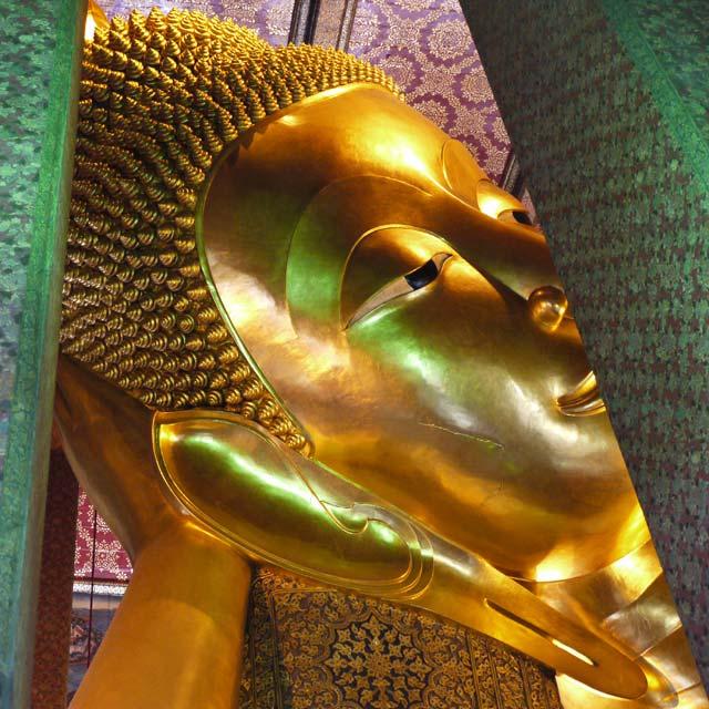 Bouddha couché wat pho bangkok voyage thailande