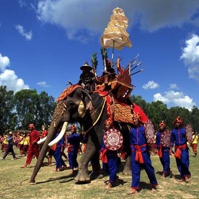 festival-bangkok-elephant